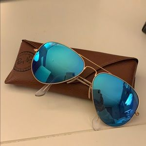 blue reflective polarized ray bans